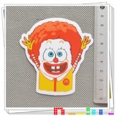 Наклейка Спанч Боб в Макдоналдсе